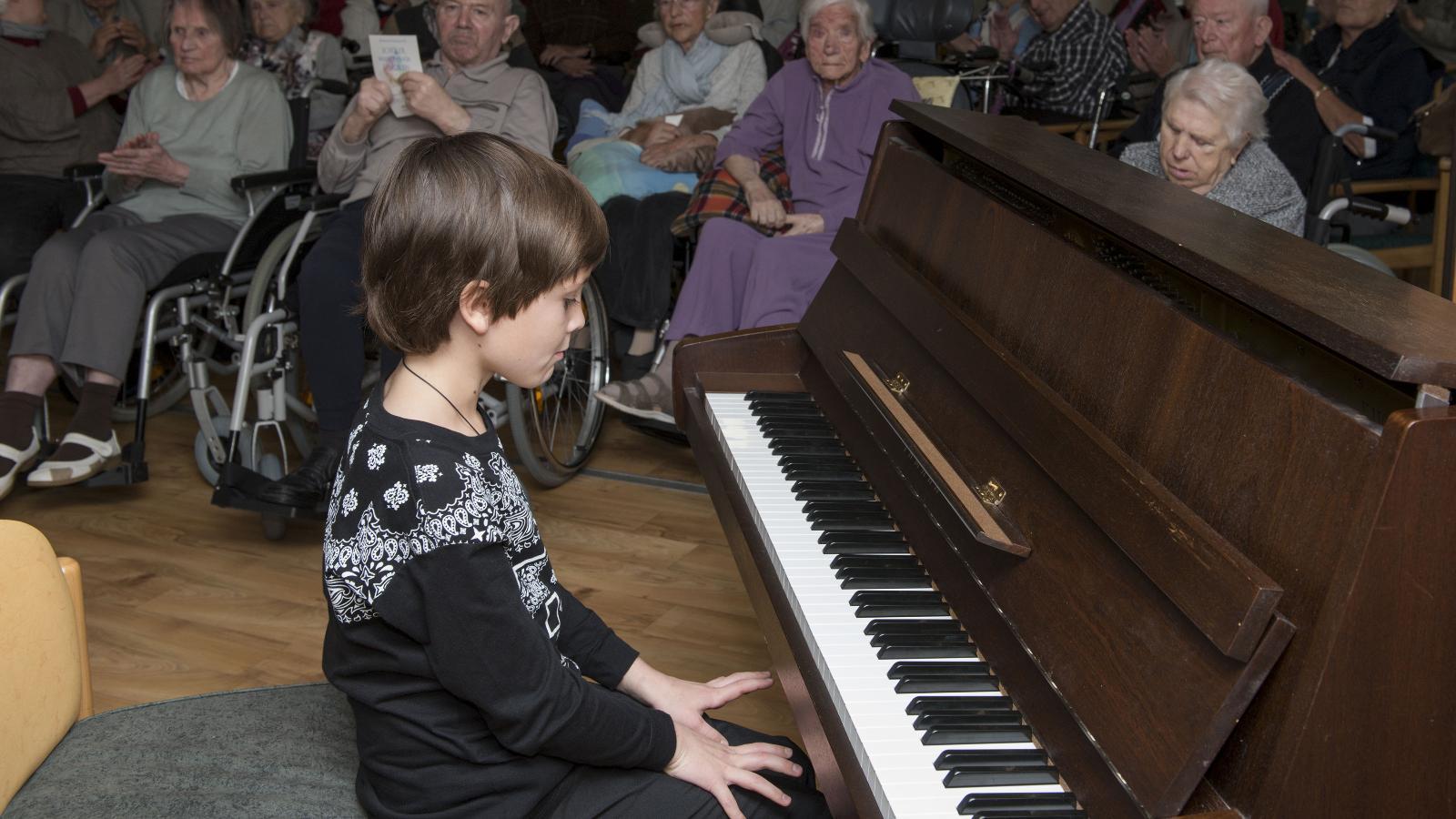 Schüler musizieren für Senioren 2016