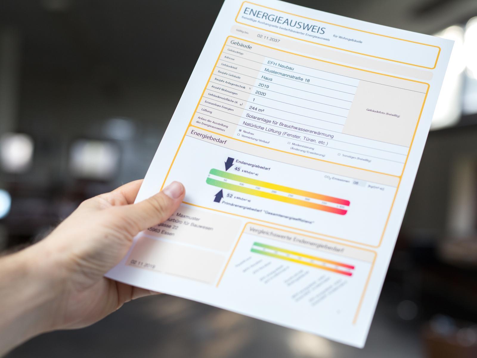 Mit dem Energieausweis können Sie den Energiebedarf oder den Energieverbrauch von Nichtwohngebäuden bzw. Gewerbeimmobilien bewerten lassen.