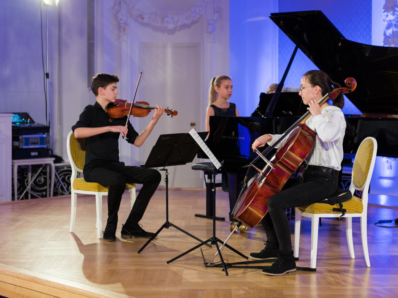 Franz Göbel, Pamina Seiberling und Frida Spaethe