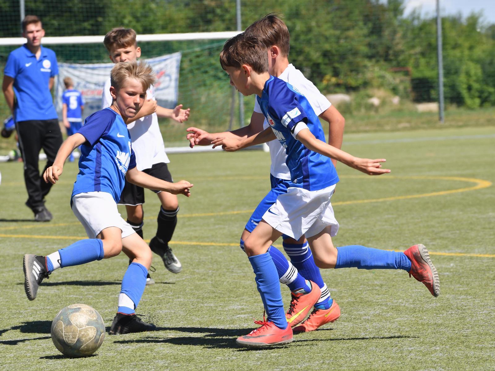 Die Spieler am Ball